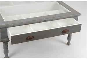 Table Basse Avec Tiroir : table basse grise vieillie vitrine avec 1 tiroir amadeus amadeus 16063 ~ Teatrodelosmanantiales.com Idées de Décoration