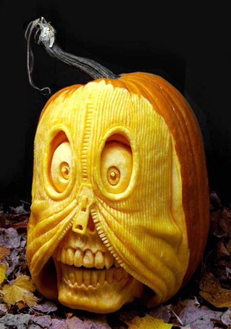 awesome halloween pumpkin carvings  ray villafane