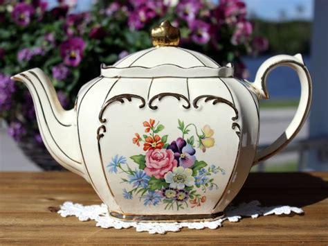 Vintage Teapot By Sadler, England