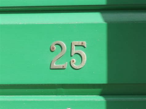 Numbers Project, Photo Number 25