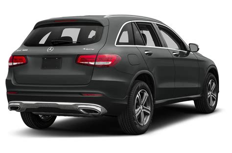 See design, performance and technology features, as well as models, pricing, photos and more. 2017 Mercedes-Benz GLC 300 MPG, Price, Reviews & Photos | NewCars.com