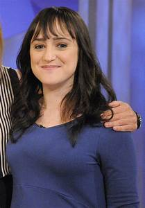 Pin Mara-wilson-grown-up-pictures on Pinterest