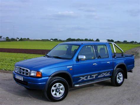 ford ranger 2002 a vendre essai ford ranger xlt 2002 bon 224 tout faire