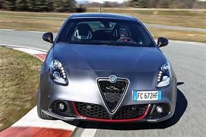 Giulietta Alfa Romeo : alfa romeo s updated giulietta and mito want a piece of giulia s glory ~ Gottalentnigeria.com Avis de Voitures