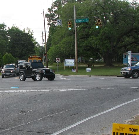 texas red light law myreporter com which driver has the right of way while
