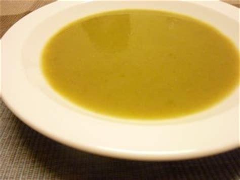 cuisiner pour 10 personnes soupe de haricots verts plat du jour recettes de