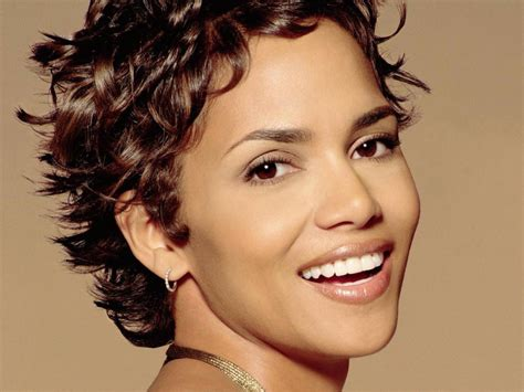 Halle Berry Hairstyles And Haircuts Daily New Short