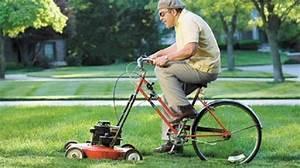Tondre La Pelouse Sans Ramasser : contre les mauvaises herbes du jardin utilisez l 39 herbe de la tonte ~ Melissatoandfro.com Idées de Décoration