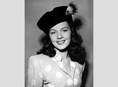Fashionable Forties A hat for every occasion