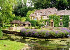 A visitor's guide to Bibury - Places of interest & things