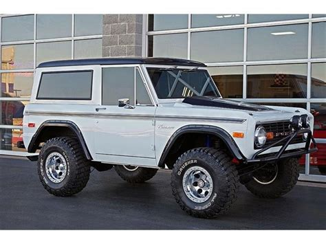 jeep bronco white 200 best images about bronco on pinterest old ford
