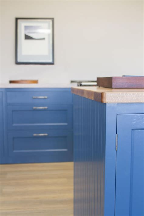 pictures kitchen cabinets with this bespoke wooden kitchen we softened the vibrancy 1486