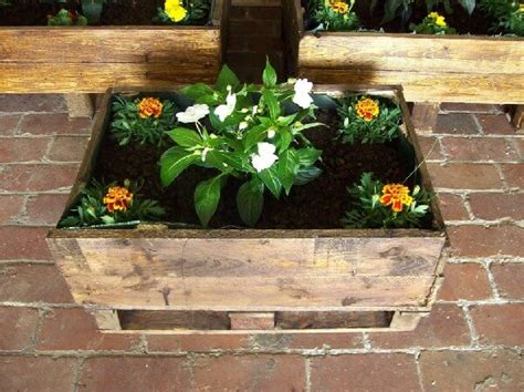 amazing diy recycled pallet planter boxes pallets designs