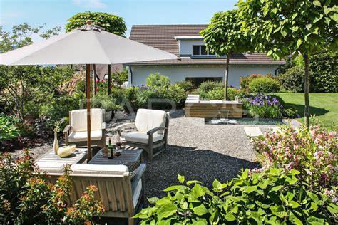 Sitzplatz Im Garten by Berdachter Sitzplatz Im Garten Gartenmobel Stadthaus