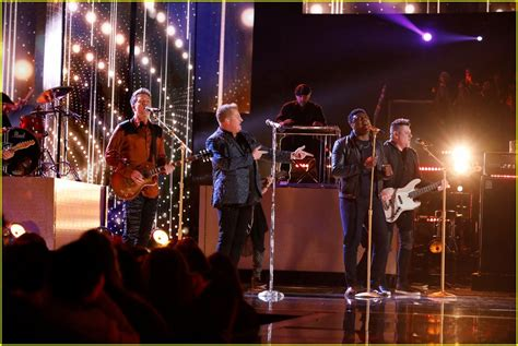 kirk jay live rascal flatts join kirk jay for the voice finale