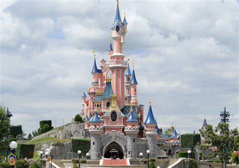 Disneyland Paris Dole Whipped