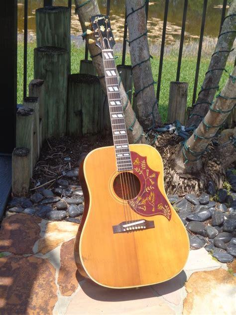 gibson hummingbird  natural finish guitar  sale