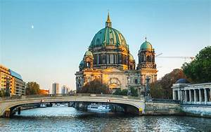 Centre Ville Berlin : visiter berlin week end berlin pas cher lonely planet ~ Maxctalentgroup.com Avis de Voitures