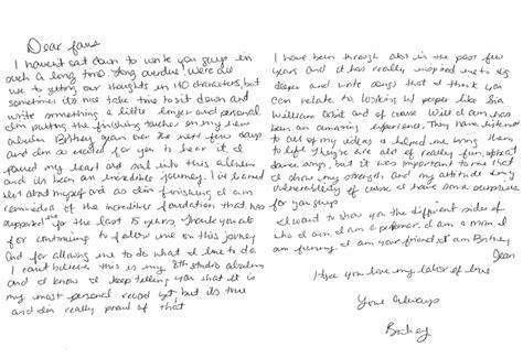 britney spears surprises fans   personal letter