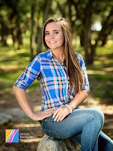 Image Gallery outdoor senior portraits poses