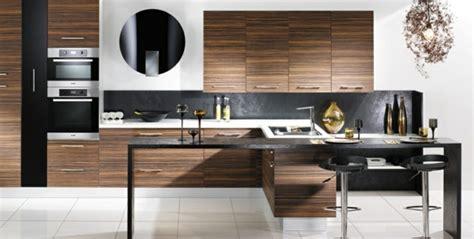 d馗o cuisine moderne cuisine moderne en bois cuisine moderne avec des planchers en bois de chne banque d with cuisine moderne en bois cuisine moderne ides pour