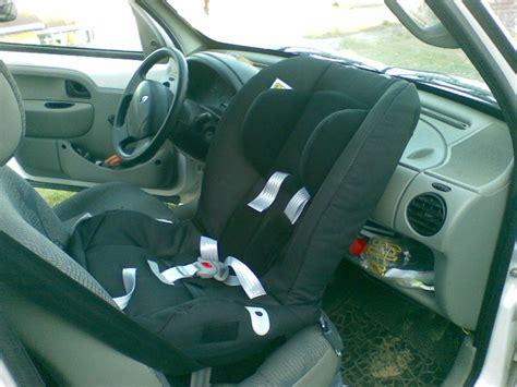siège bébé à l avant besoin de vous pour choisir mon siège rf