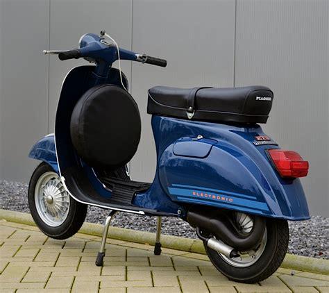 plastica fanalino posteriore stop rosso per vespa 125 primavera et3 pk ets la moto ricambi