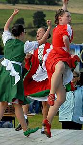 1000+ images about Irish Jig on Pinterest | Green skirts Male outfits and Red skirts