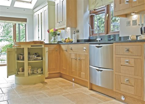 oak shaker style kitchen cabinets kitchens leicestershire bespoke kitchens 7135
