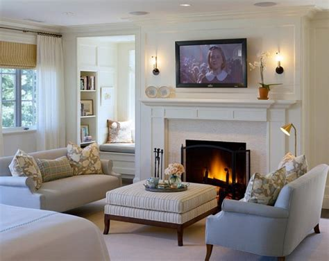 Living Room Design Around Fireplace by 15 Cozy Living Rooms With Fireplaces