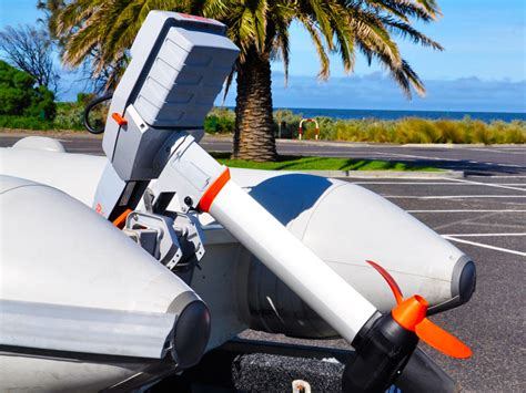 Electric Outboard Boat Motors Reviews by Torqeedo Travel 1003 Electric Outboard Motor Review