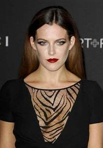 10 Best Riley Keough Hair (Long Sexy Blonde, Red & Ombre ...