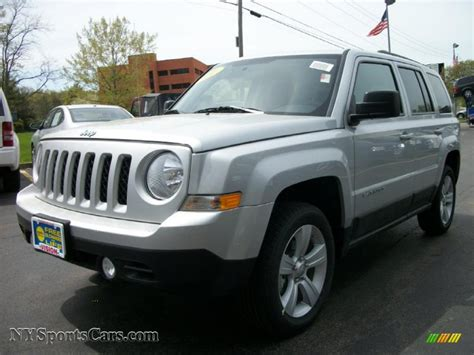 dark grey jeep patriot 2011 jeep patriot latitude 4x4 in bright silver metallic