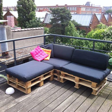 canapé avec des palettes diy 3 un canapé en palettes papier ciseaux