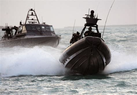 Swcc Boats Act Of Valor by Navy Seal Act Of Valor Images And Details Geektyrant