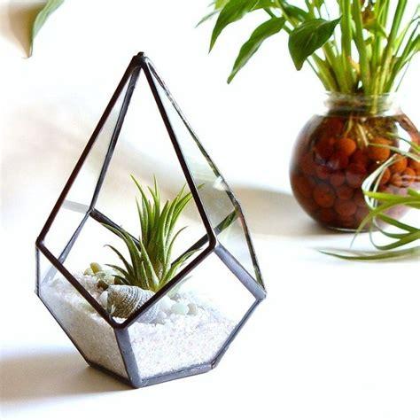 comment faire un terrarium terrarium comment faire un terrarium green glass terrarium glass planter et terrarium