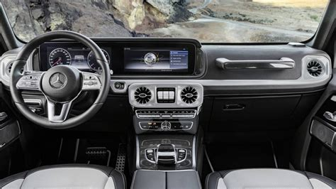 Here's The G-wagen's New Interior