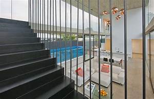 Fashionable Modern Interior Inspiring Breeziness In