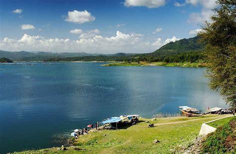 rekomendasi tempat wisata keren dieng  wonosobo