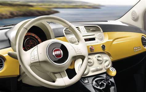 Fiat 500 Sport Interni by Fiat 500 2013 Nuovi Colori Allestimenti E Interni News