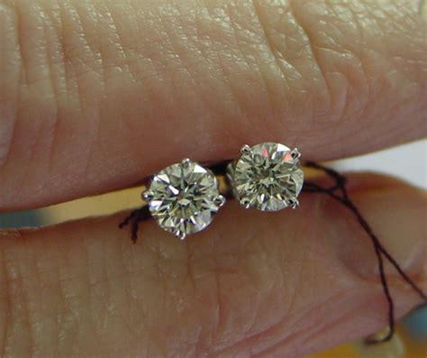 colorless diamond earrings bezel set earrings diamond