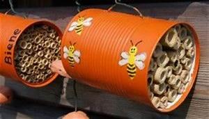 Dosen Basteln Anleitung : insektenhotel aus dosen basteln nisthilfe f r wildbienen ~ Lizthompson.info Haus und Dekorationen