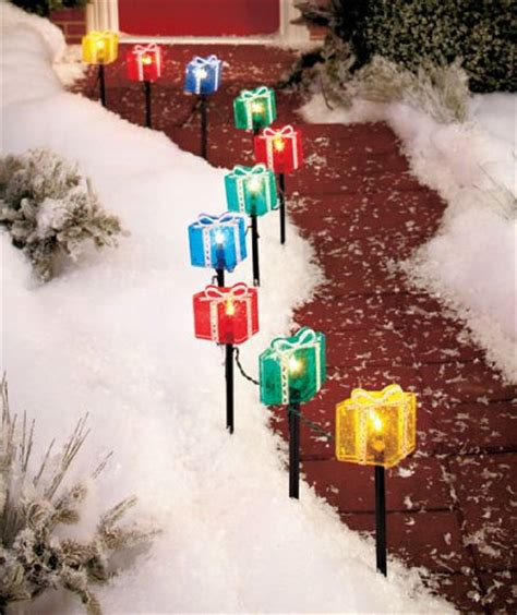 outdoor lighted gift boxes christmas gifts