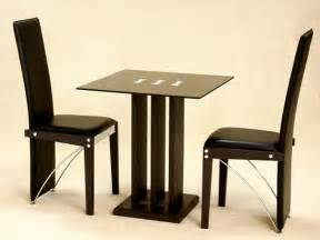 table between 2 chairs best home design 2018