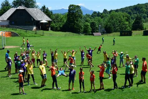 800 djece na Plitvicama zajedno u igri i molitvi u sklopu ...