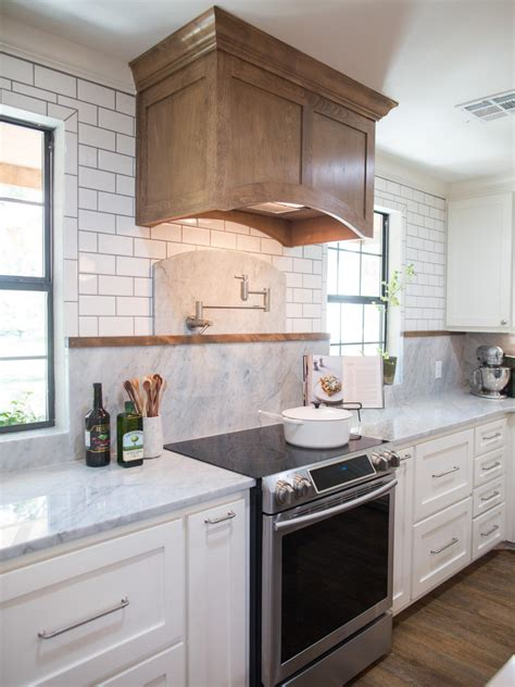 backsplash in kitchen photos hgtv s fixer with chip and joanna gaines hgtv 5820