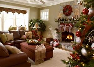 Residential Holiday Decor & Installation