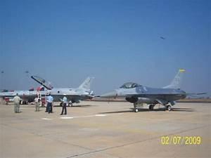 F-16 Fighting Falcon & F-16IN Super Viper - Picture of ...