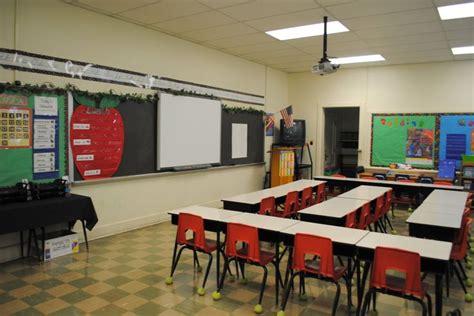 classroom desk arrangements 17 best images about perry s classroom desk arrangements