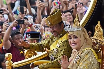 Brunei Sultan Palace Golden Throne Beginning Success